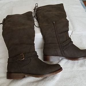 Womens boots brown